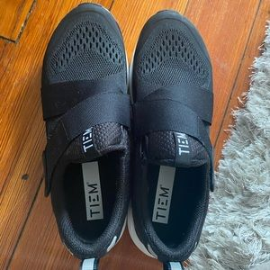 Tiem spin shoes